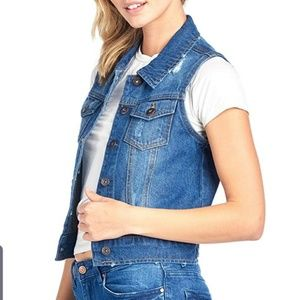 THE TERRITORY AHEAD Denim Statement Vest Button